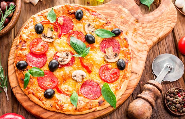 Тонкая пицца с прованскими травами - рецепт пошаговый с фото